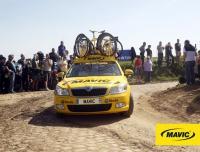 Gewinne einen Platz im Mavic Begleitfahrzeug bei Paris-Roubaix